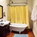 Lemen Bathroom